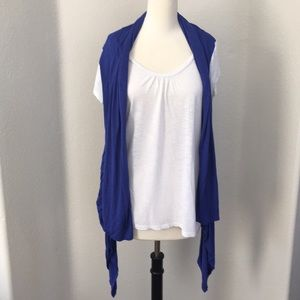 EUC ny collection white and blue top size XL